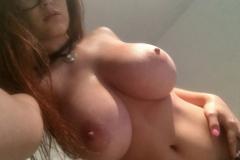 Tessa Fowler Big Tits Diary Candids 001