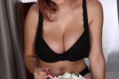 Tessa Fowler creamy tits 01