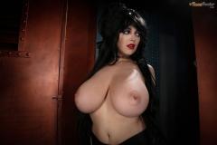 Tessa-Fowler-is-Huge-Tit-sexy-vampire-027