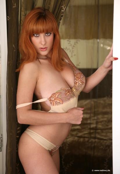 Valory-Irene-Big-Boobs-Hot-Bra-and-Panties-03