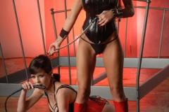 Veronica-Avluv-and-Yurizan-Beltran-Big-Tit-Lesbian-Vinyl-Playtime-001
