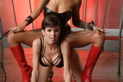 Veronica-Avluv-and-Yurizan-Beltran-Big-Tit-Lesbian-Vinyl-Playtime-033