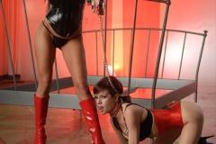 Veronica-Avluv-and-Yurizan-Beltran-Big-Tit-Lesbian-Vinyl-Playtime-051
