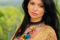 Veronika-Zemanova-Huge-Tits-in-Crochet-Top-for-Actiongirls-006