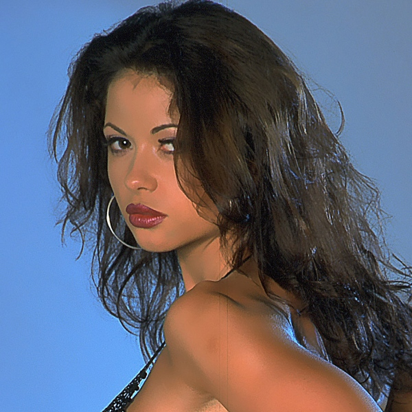 Veronika-Zemanova-Huge-Tits-in-Mesh-Bikini-for-Actiongirls-001