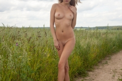 Victoria-K-Big-Tits-out-in-the-Field-for-Body-in-Mind-004