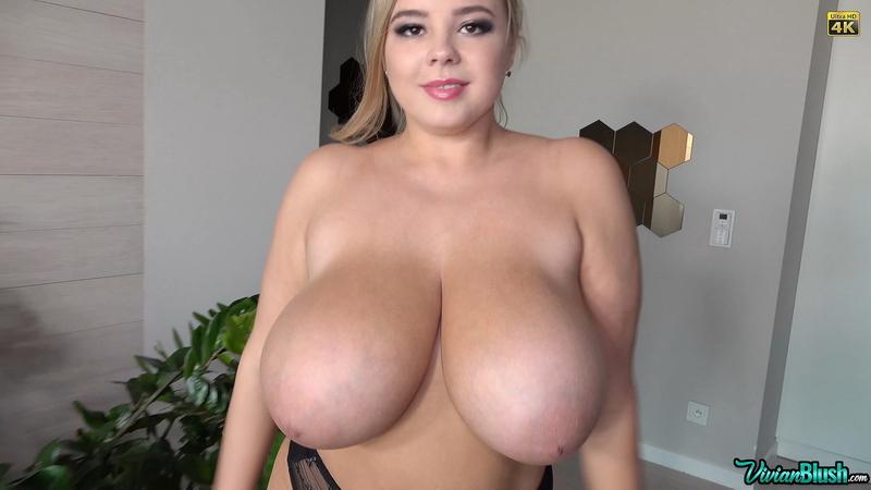 Vivian-Blush-Huge-Tits-in-Sexy-Black-Bra-011