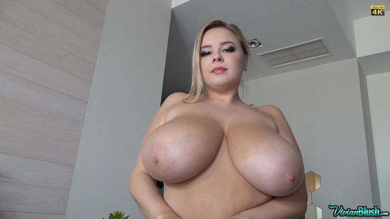 Vivian-Blush-Huge-Tits-in-Sexy-Black-Bra-014