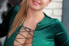 Vivian Blush Huge Cleavage in Green Minidress 004