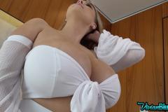 Vivian-Blush-Huge-Tit-Harem-Girl-001