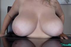 Vivian-Blush-Huge-Tits-on-Reception-016