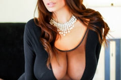 Wendy Fiore Huge Tits Behind Black Mesh 001