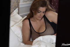 Xenia Wood Huge Boobs Come out at Bed time 002