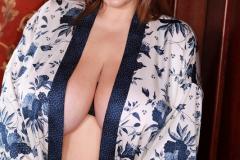 Xenia-Wood-Huge-Tits-in-Silky-Kimono-001