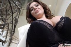 Xenia-Wood-Huge-Ttis-Hanging-Out-in-Hoodie-004
