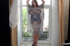Xenia-Wood-Huge-Ttis-in-This-Floaty-Dress-007