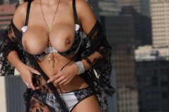 Yurizan Beltran Big Tits Come Out of Her Bra on the Roof 109