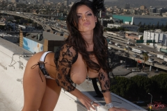 Yurizan Beltran Big Tits Come Out of Her Bra on the Roof 198