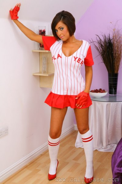 Zoe-M-Big-Tit-baseball-Girl-for-ONlyTease-004