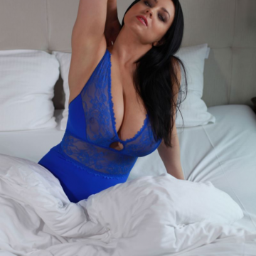 Ewa Sonnet Big Boobs in Blue Lacy Lingerie