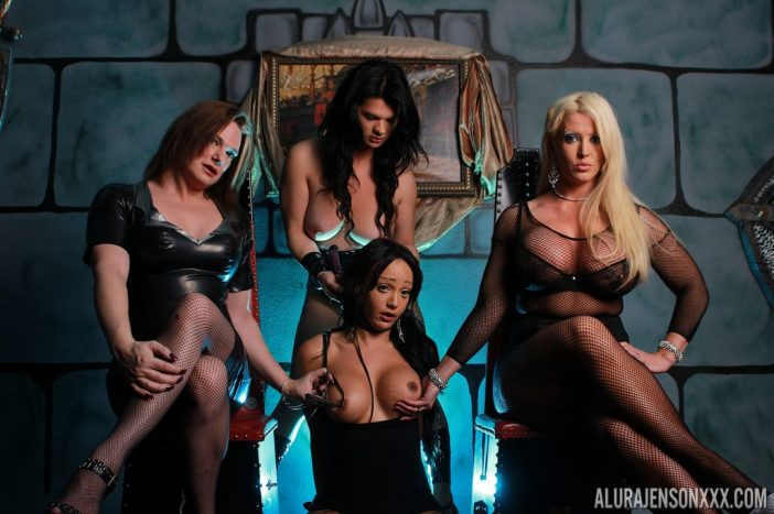 Alura Jenson, Victoria Vail, Britney Markham and Sunshyne Monroe are a Big Tit Girl Group