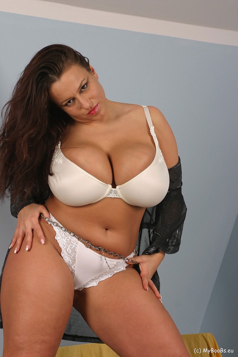 Aneta Buena Huge Tits in White Bra