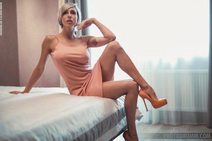 Tanita Big Tits in Peach Minidress and High Heels for Photodromm