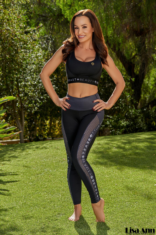 Lisa Ann Big Tits Workout Babe