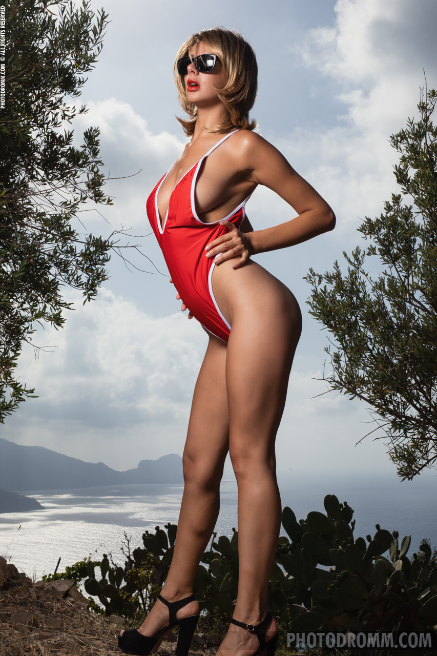 Nadine Big Tits in Red Swimsuit and High Heels for Photodromm