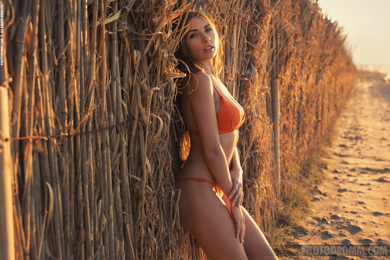 Niemira Big Boobs in Sexy Orange Bikini for Photodromm