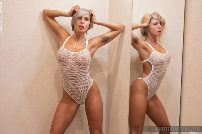 Tatiana Big Tits and Fit Body in White Body for Photodromm