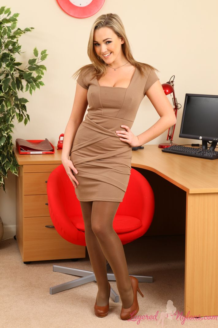Jodie Gasson Big Tits Office Babe