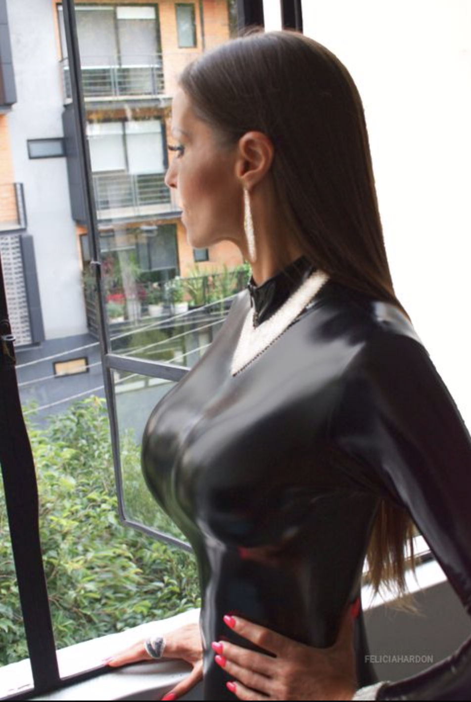 Felicia Hardon Big Tit Rubber Girl