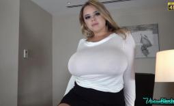 Vivian Blush Huge Tits on Reception