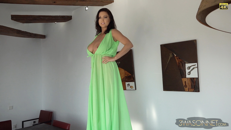 Ewa Sonnet Huge Tits Go Solo in The green Dress