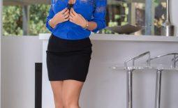 Lisa Ann Big Tits in Sexy Blue Blouse