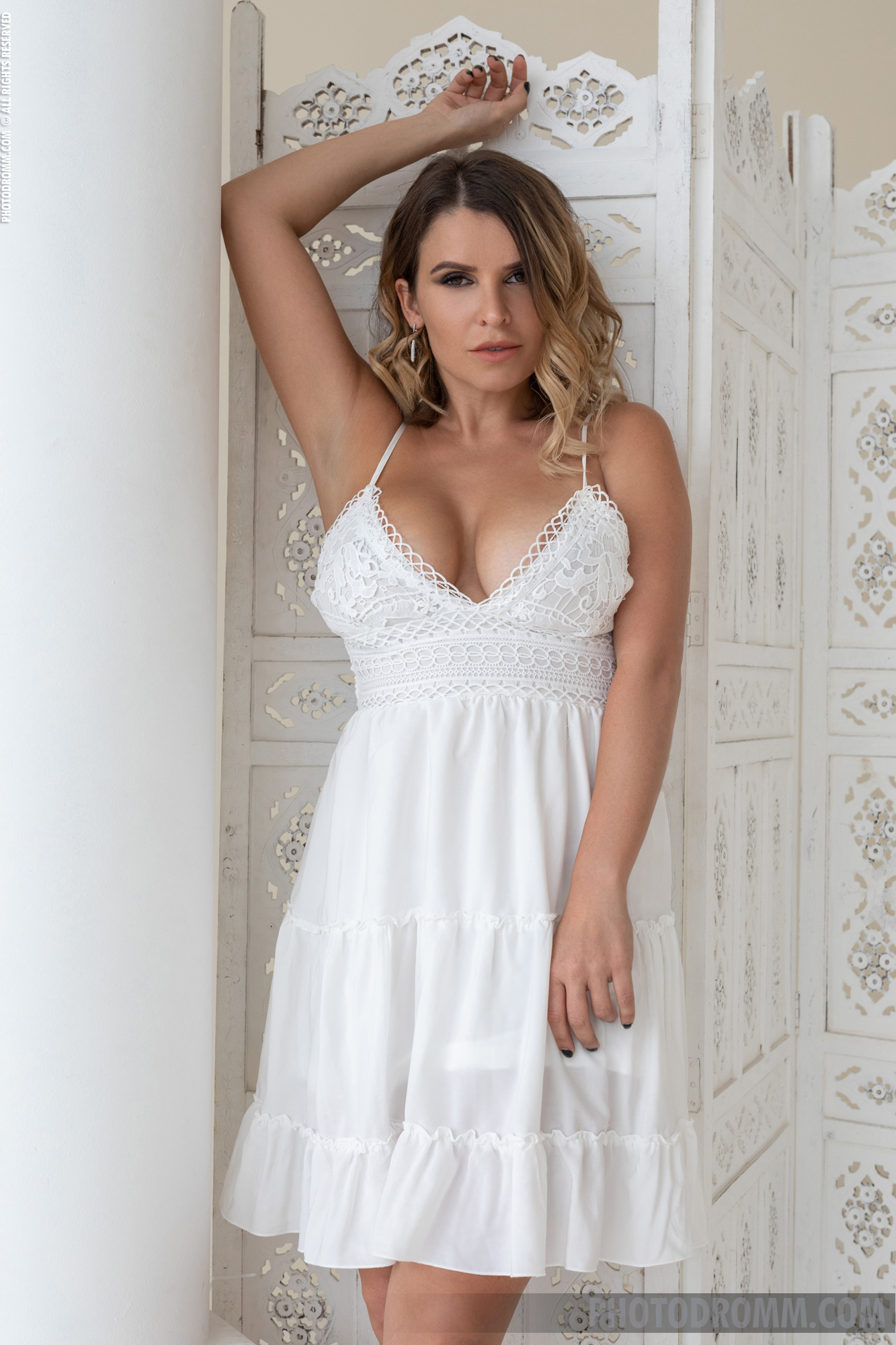 Sharona Big Tits in White Summer Dress for Photodromm