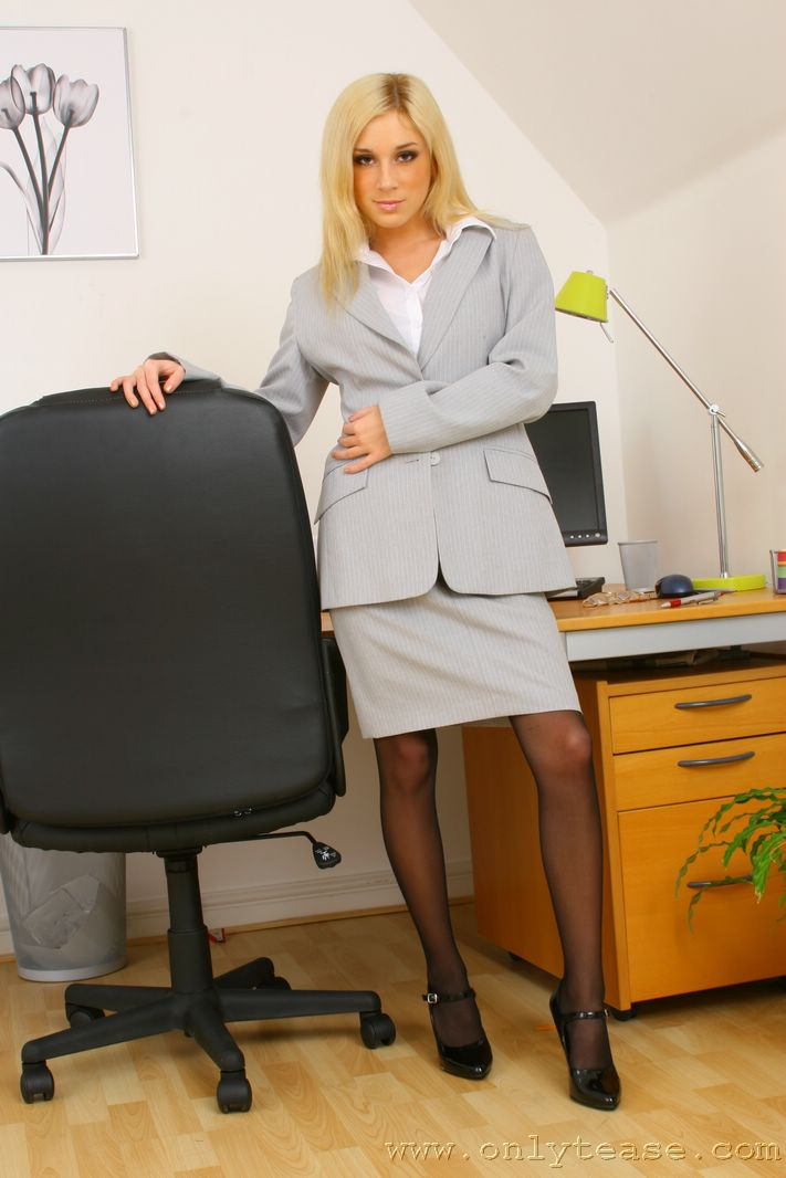 Tindra Big Tit Sexy Blonde Secretary in Stockings