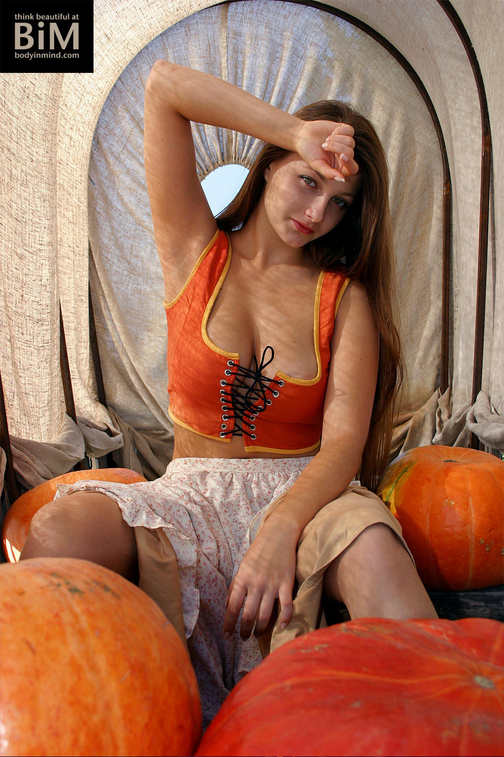 Marina Big Tits Appear in the Pumpkin Patch for Body in Mind