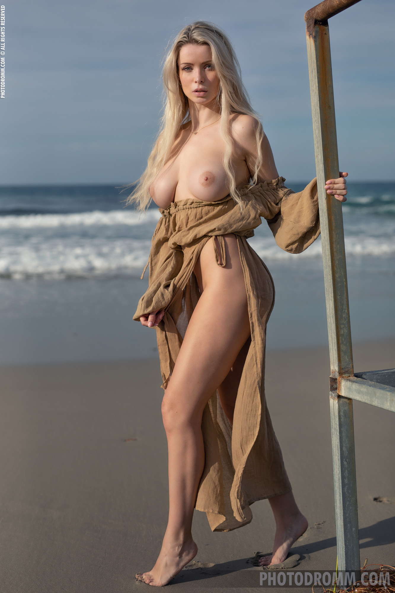 Katya Big Tits Out at the Seaside for Photodromm
