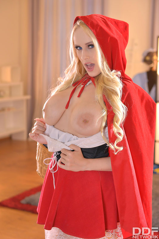 Angel Wicky Huge Tit Blonde Red Riding Hood