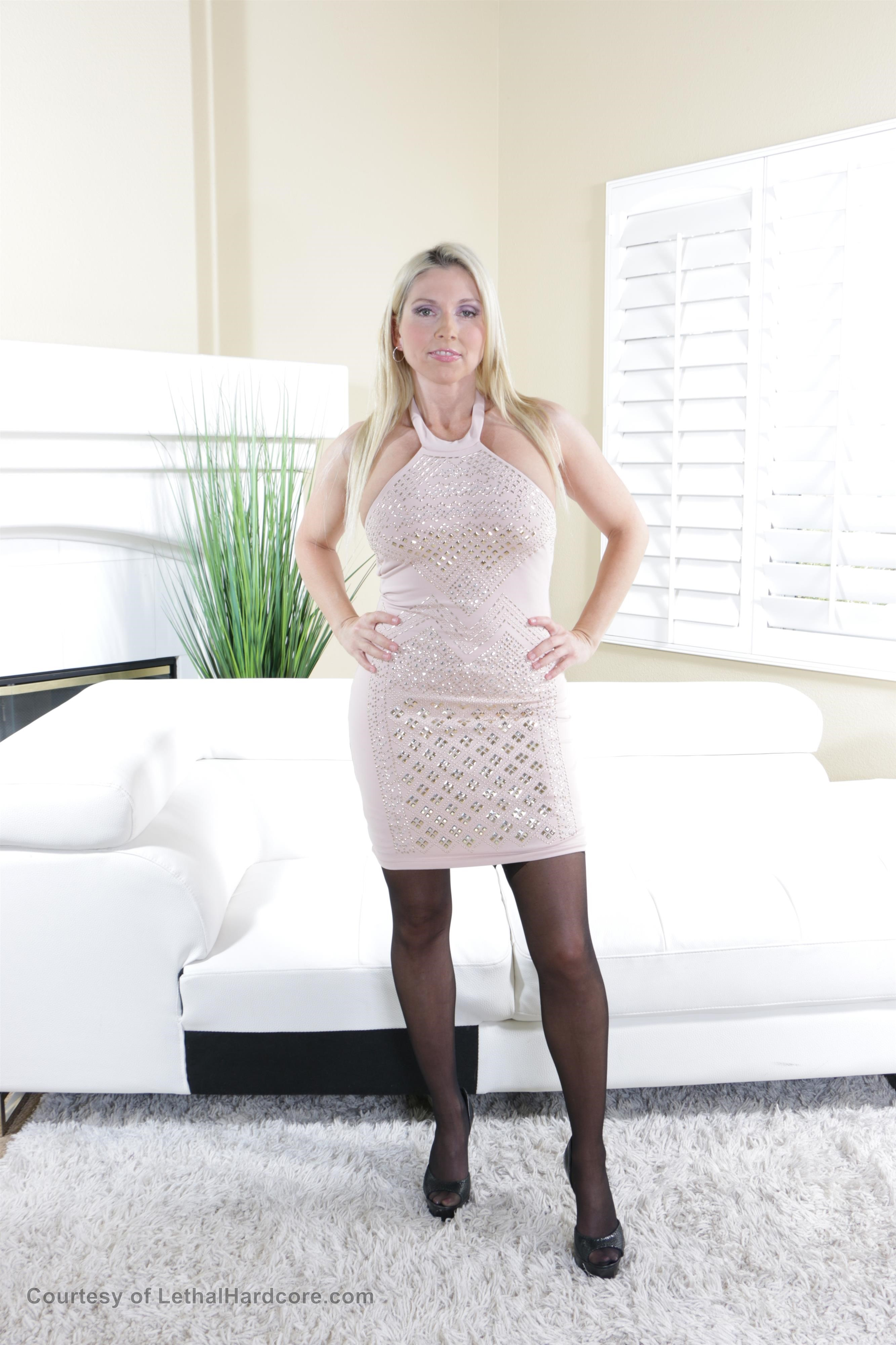 Christie Stevens Big Boobs Light Pink Dress