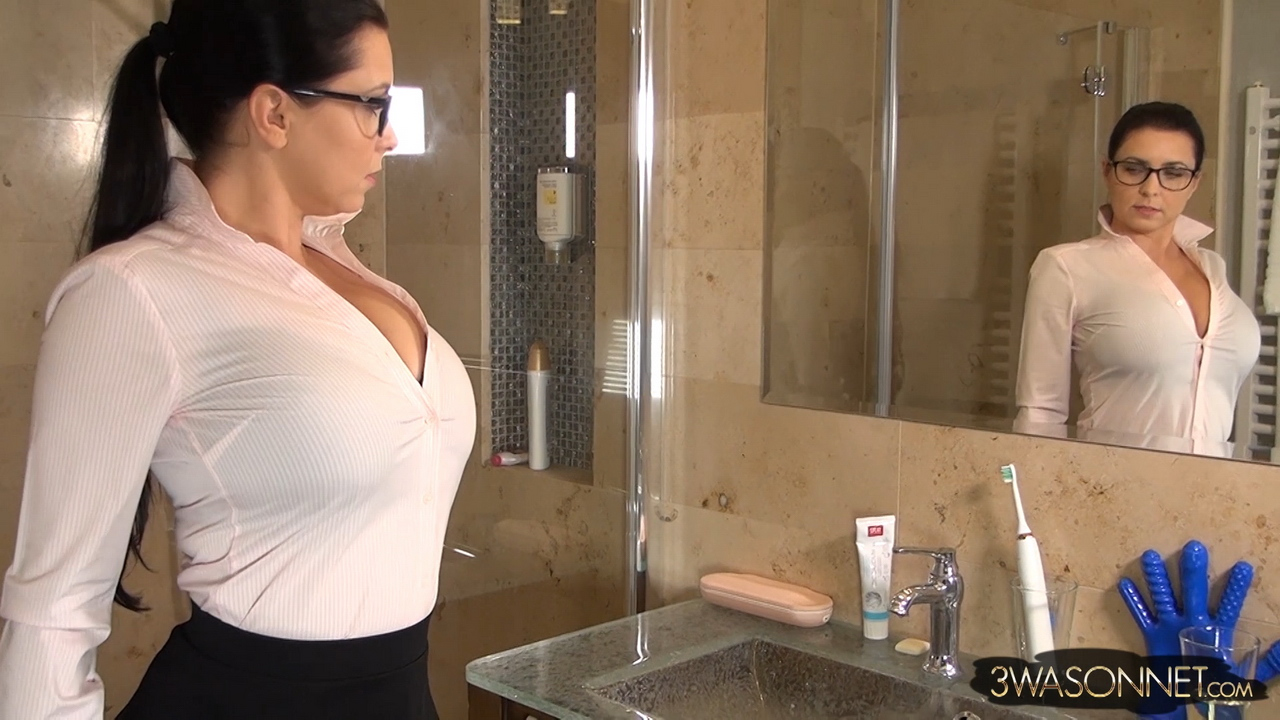 Ewa Sonnet Huge Boobs Bursting Out From Tight Pink Shirt