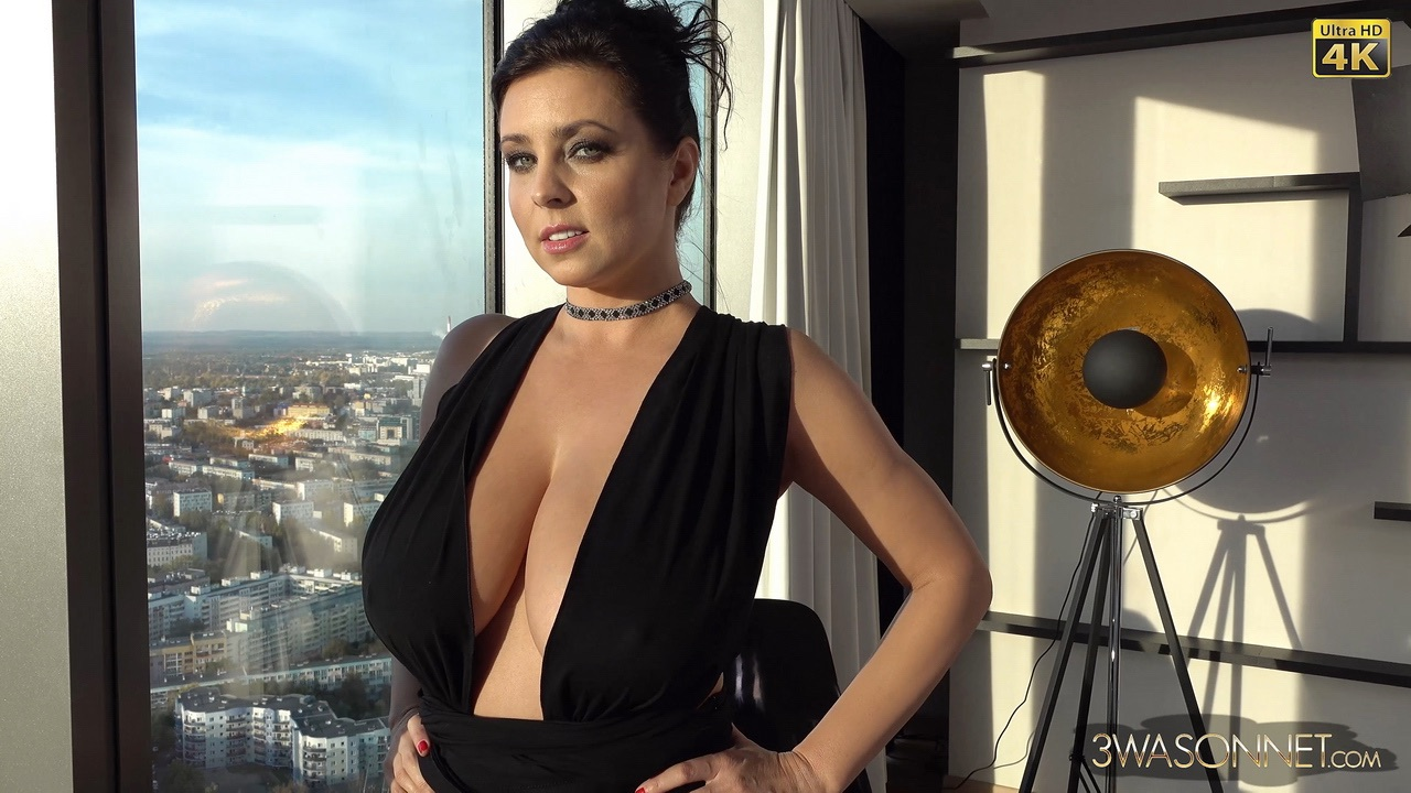 Ewa Sonnet Huge Tits in Very Sexy Black Dress