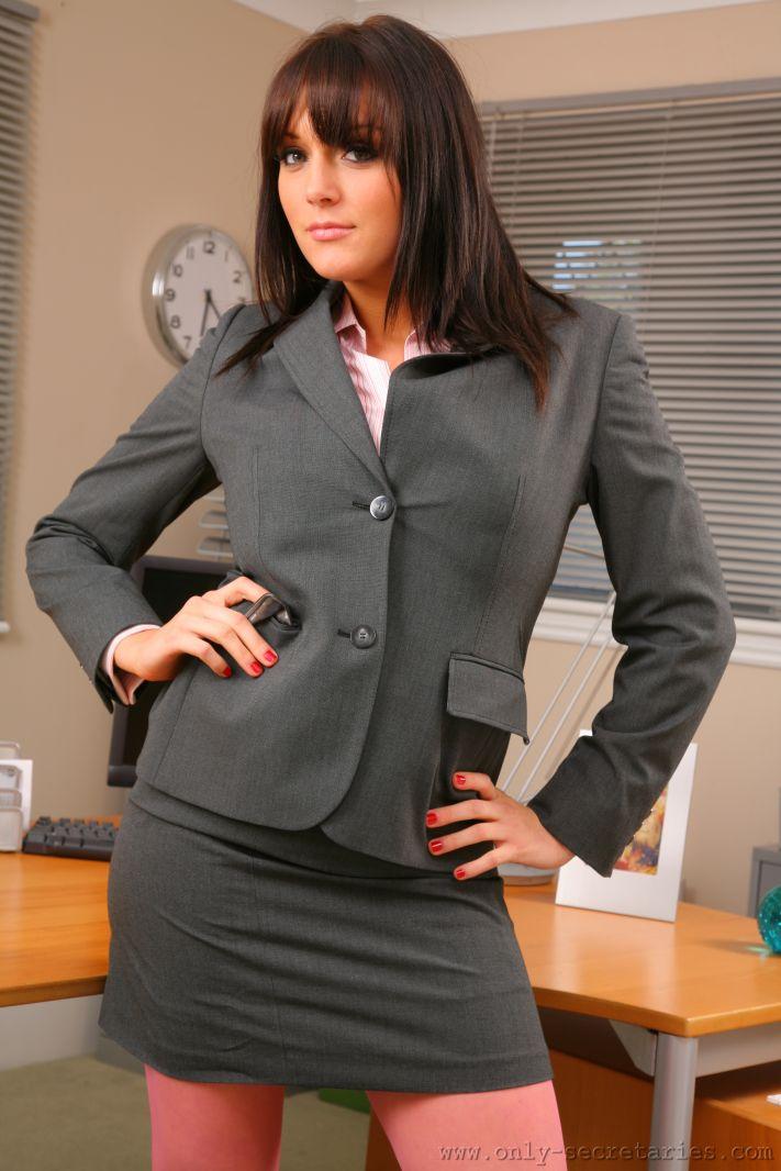 Jenna Hoskins Big Boobs Sultry brunette secretary strips in her office