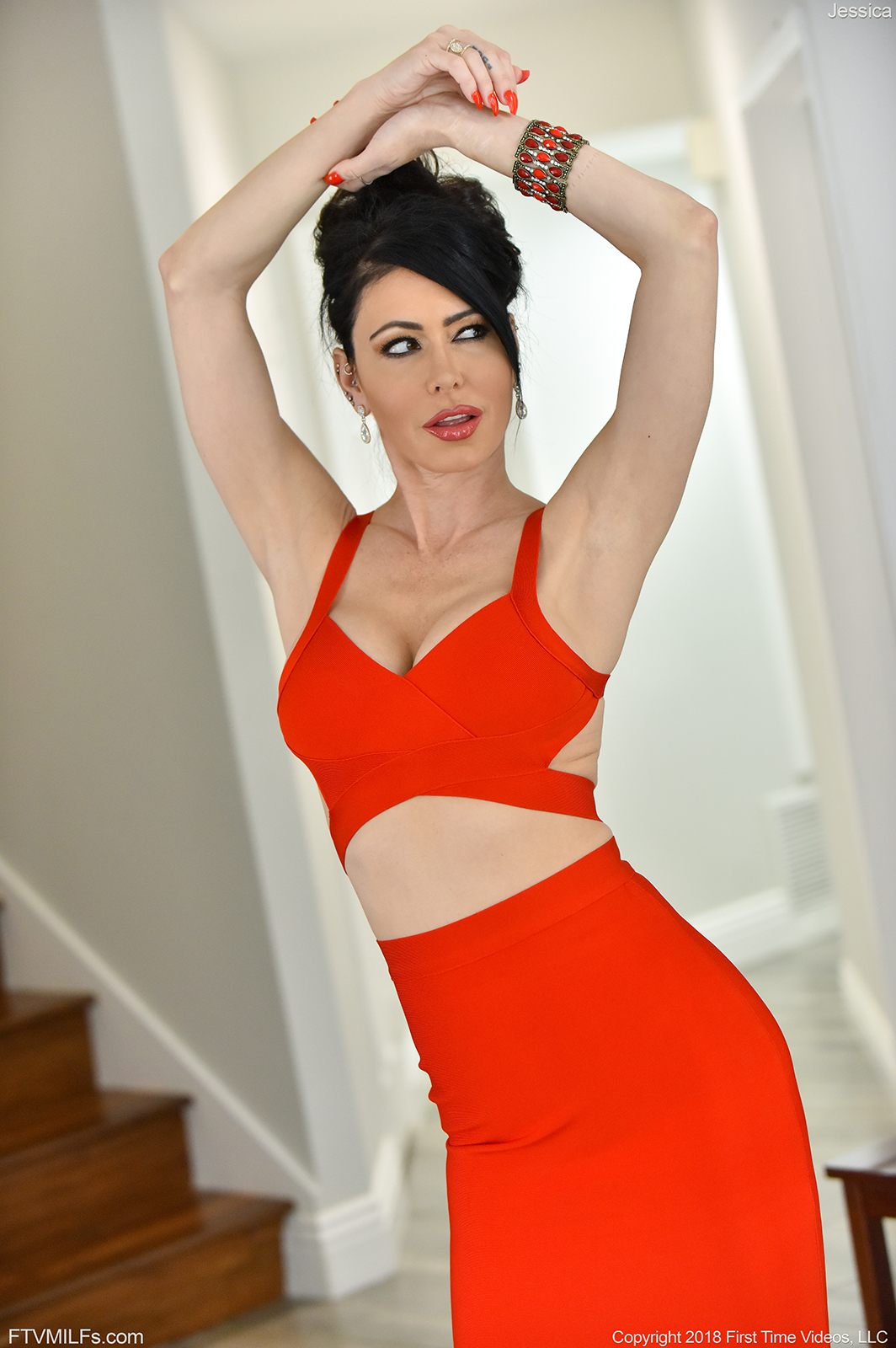 Jessica Big Titted Fit Milf in Red Dress for FTV Milfs