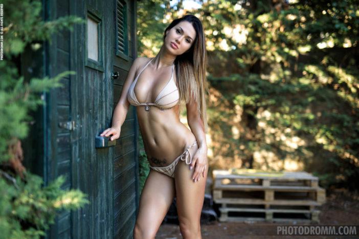 Justina Big Tits in Brown Bikini