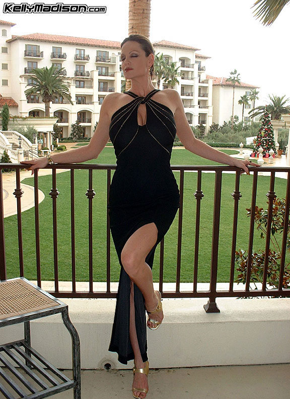 Kelly Madison Big Tits in Sexy Black Party Dress