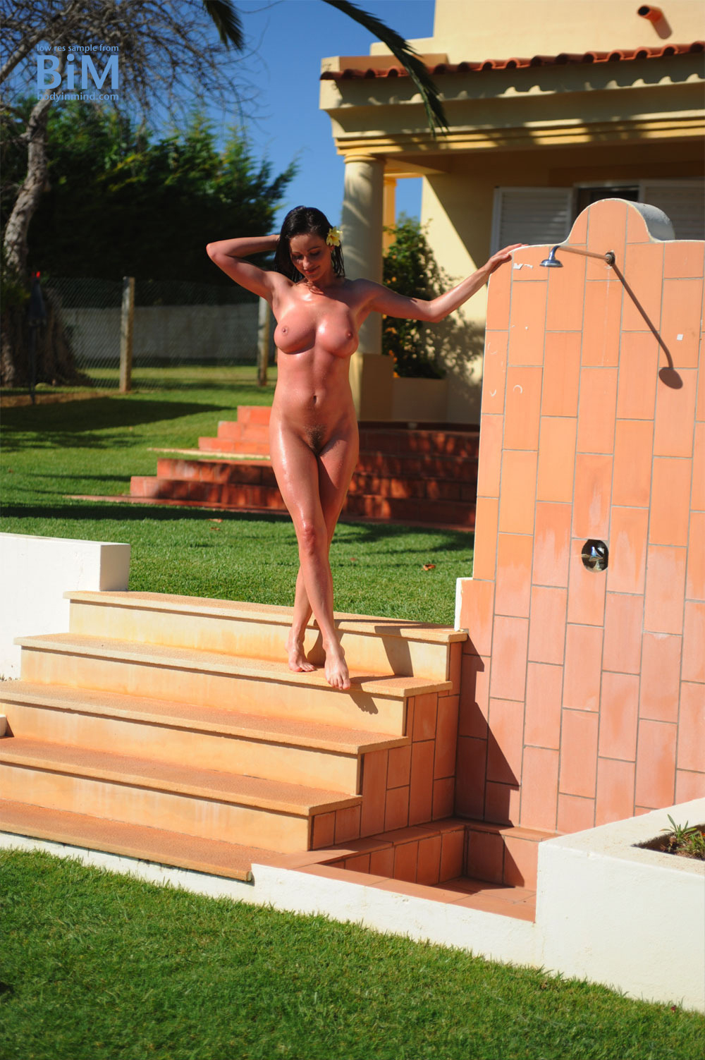 Kyla Cole Big Boobs Naked Outside Sunshine Shower
