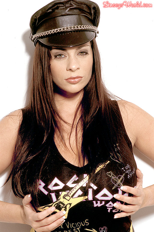 Linsey Dawn McKenzie Huge Boob Rock Chick